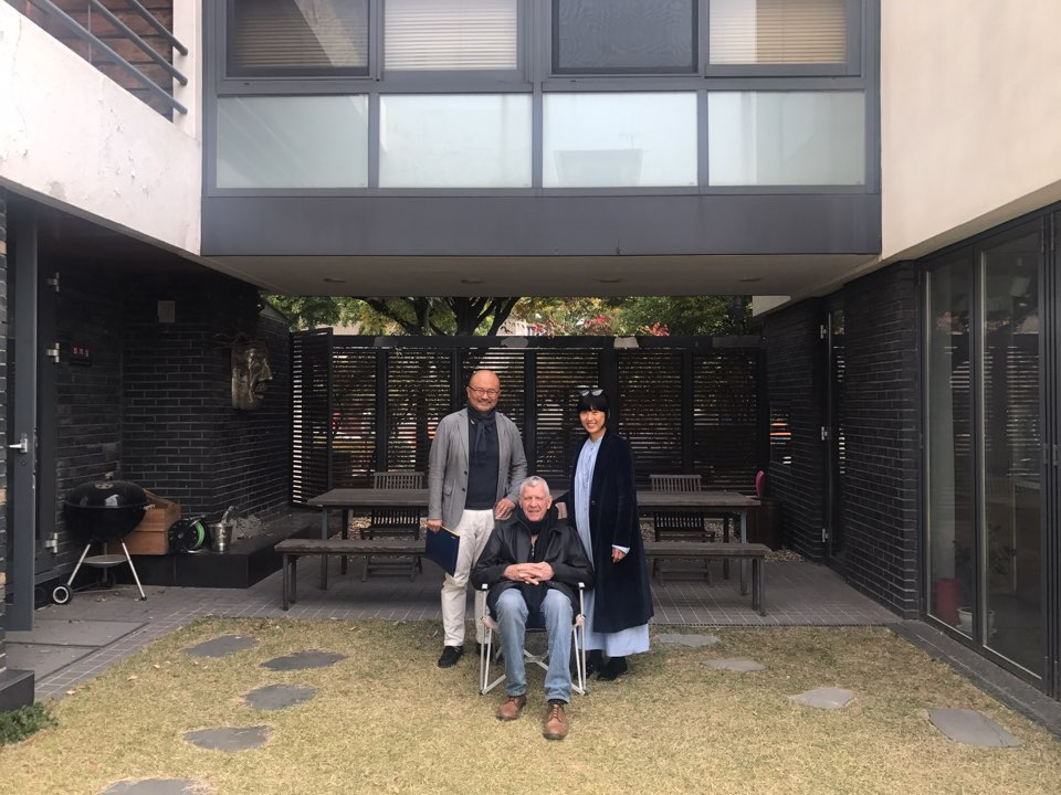 At Doojin Hwang Architects. With the architect himself who kindly invited us for lunch.